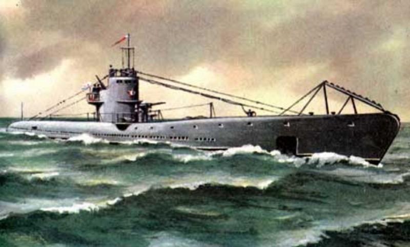 Маринеско решает всплыть и догнать противника на максимальной надводной скорости