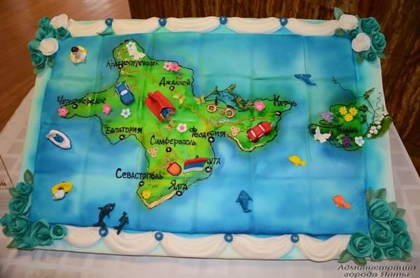 В Крыму испекли «сладкий полуостров» [фото]