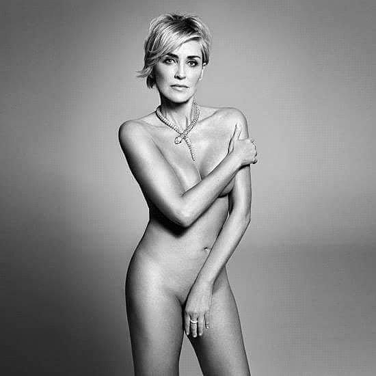 Смотреть онлайн сексуальные ролики с шерон стоун 28 фотография
