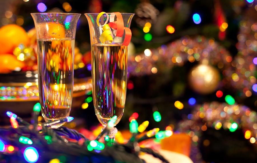 Что врачи рекомендуют пить и есть на Новый год?