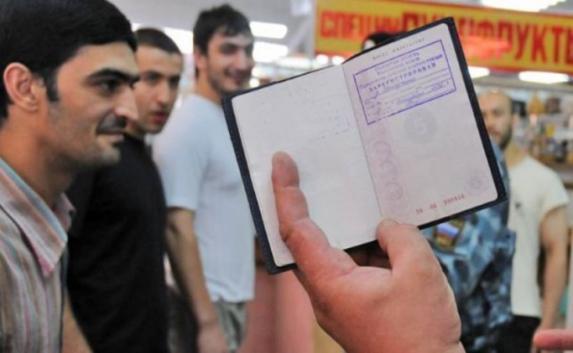 Крымчане «пачками» регистрируют иностранцев в своих квартирах