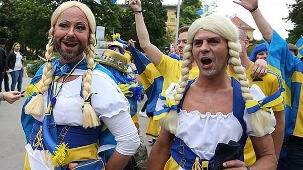 Киевские трансвеститы пугают Крым гей-парадом