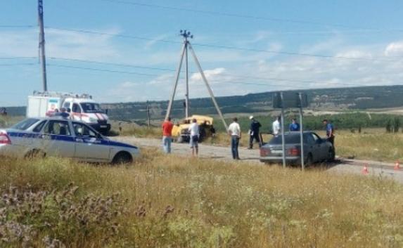 Снова жертвы: в ДТП на крымской трассе погибли два человека