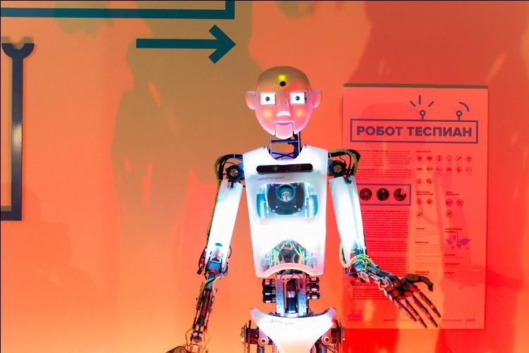 На ВДНХ пройдет рэп-баттл между двумя роботами
